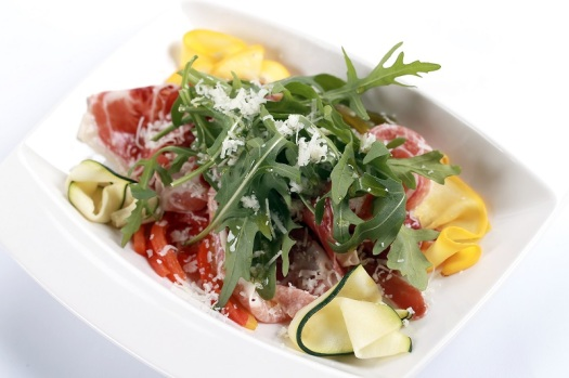 Aviation-inflight-food-cathay-pacific-spanish-menu-salad