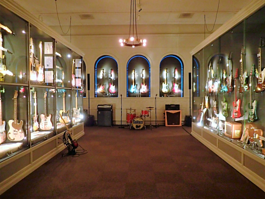 Sweden-#visitumea-guitar-museum (26)