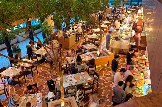 Harborside-Restaurant-at-InterContinental-Hong-Kong