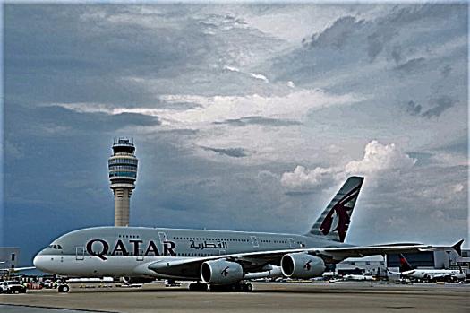 Aviation-qatar-airways-airbus-A380-arrives-Atlanta-Harfield-Airport-1