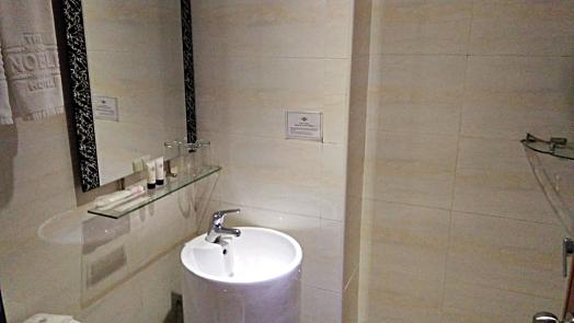singapore-noble-hotel-room-credit-www.accidentaltravelwriter.net