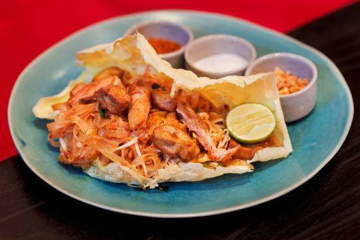Thailand-bangkok-restaurant-namsaah-bottling-trust-phai-thai-2