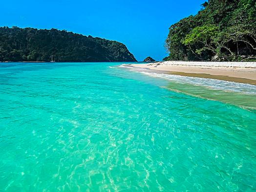 Thailand-beach-ko-rok-credit-dronepicr