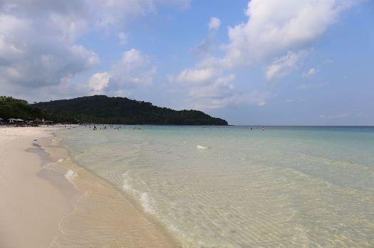 Vietnam-phu-quoc-island-sightseeing-Star-Beach-credit-vnecofirendly