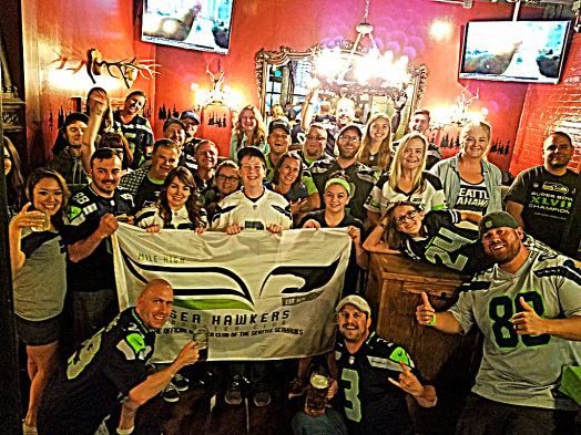 Nfl-seattle-seahawks-denver-rhein-haus-Crew in Preseason