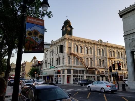 Sonoma-county-towns-Petaluma