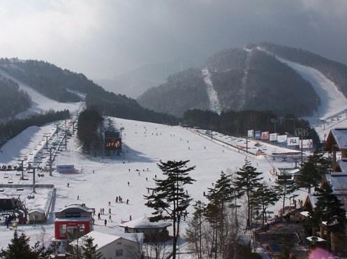 south-korean-dragon-valley-ski-resort