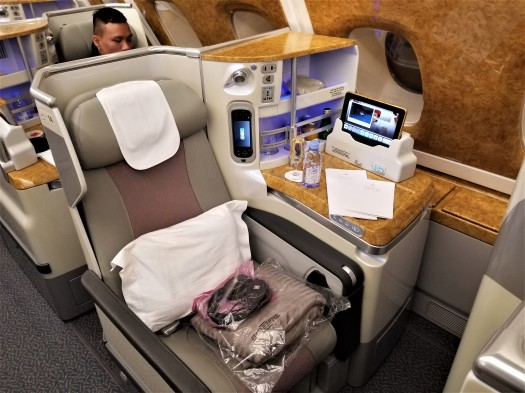 aviation-emirates-hkg-bkk-aboard (35).jpg