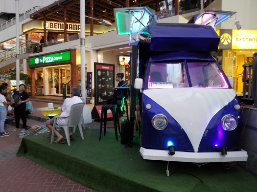 image-of-pattaya-thailand-cocktail-car-outisde-shops