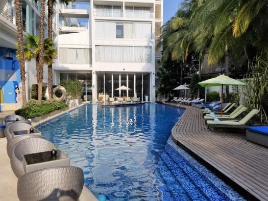 hotel-baraquda-swimming-pool