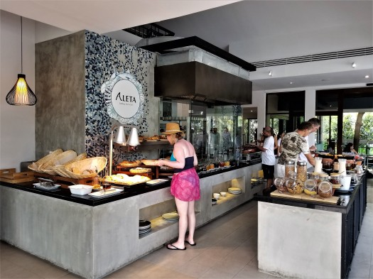 image-of-aleta-breakfast-buffet